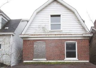 Foreclosed Home in Pittsburgh 15210 EXCELSIOR ST - Property ID: 4519992535