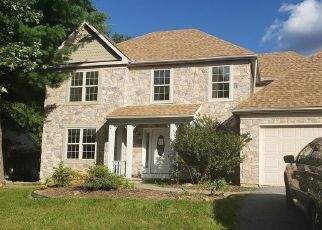 Foreclosed Home in Whitehall 18052 PENNSYLVANIA ST - Property ID: 4520038978