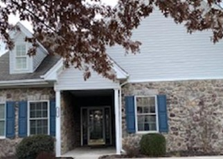 Foreclosed Home in Easton 18045 KELSO RDG - Property ID: 4520168612