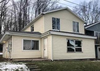 Foreclosed Home in Lapeer 48446 HUNT RD - Property ID: 4520224219