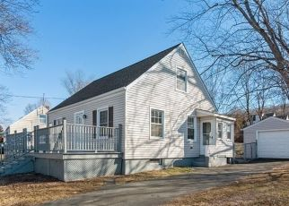 Foreclosed Home in East Haven 06512 BORRMANN RD - Property ID: 4520292101