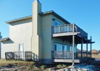 Foreclosed Home in Rockport 78382 LAKESHORE DR - Property ID: 4520295621