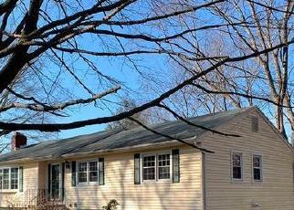 Foreclosed Home in Milford 06461 HERBERT ST - Property ID: 4520331981