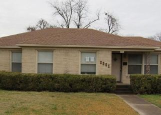 Foreclosed Home in Waco 76710 GORMAN AVE - Property ID: 4520447598