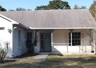 Foreclosed Home in Brooksville 34613 WILHELM RD - Property ID: 4520719128
