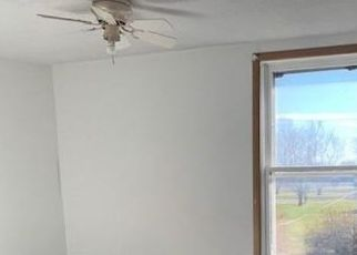Foreclosed Home in Agency 52530 MAHASKA ST - Property ID: 4520788783