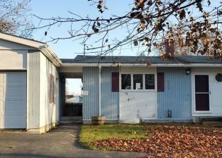 Foreclosed Home in Bangor 04401 SUGARLOAF LN - Property ID: 4520885118