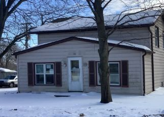 Foreclosed Home in Pecatonica 61063 E 6TH ST - Property ID: 4520965271