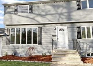 Foreclosed Home in New Milford 07646 MADISON AVE - Property ID: 4521033606