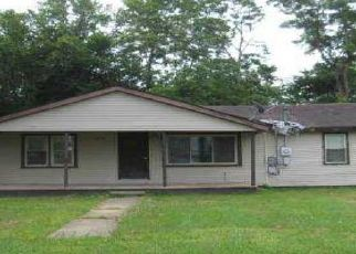 Foreclosed Home in Poplar Bluff 63901 S D ST - Property ID: 4521244710