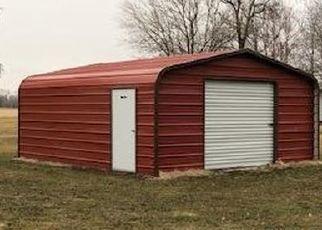 Foreclosed Home in Gladstone 61437 E LOCUST ST - Property ID: 4521286756