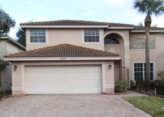 Foreclosed Home in Lake Worth 33463 GRAND BANKS BLVD - Property ID: 4521299899