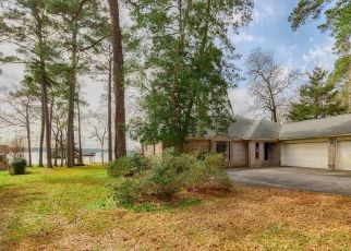 Foreclosed Home in Montgomery 77356 RIVER RD - Property ID: 4521309531