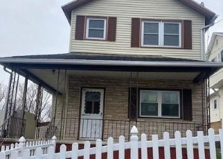 Foreclosed Home in Pittston 18640 TOMPKINS ST - Property ID: 4521316536