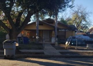 Foreclosed Home in Fresno 93702 E LOWE AVE - Property ID: 4521355965