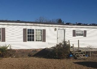 Foreclosed Home in La Grange 28551 PAULS PATH RD - Property ID: 4521381351
