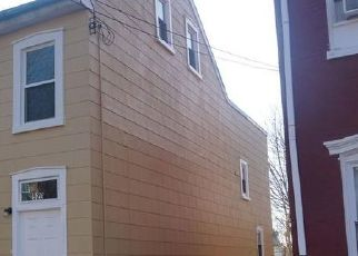 Foreclosed Home in Pottstown 19464 CHESTNUT ST - Property ID: 4521457563