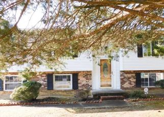 Foreclosed Home in Richmond 23223 WITCHDUCK LN - Property ID: 4521475521