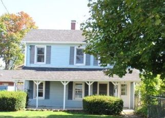 Foreclosed Home in Beacon 12508 S BRETT ST - Property ID: 4521555671