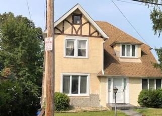 Foreclosed Home in Yonkers 10705 DEVOE AVE - Property ID: 4521599916