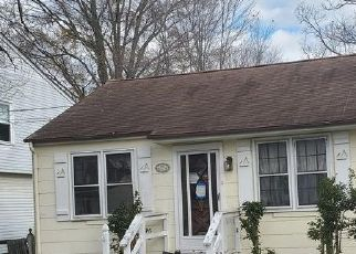 Foreclosed Home in North Beach 20714 BOSTON AVE - Property ID: 4521609987