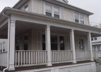 Foreclosed Home in Hurlock 21643 ACADEMY ST - Property ID: 4521634505