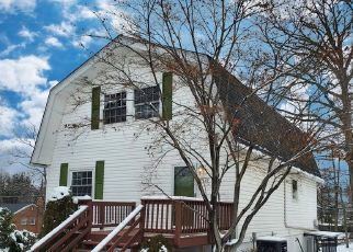 Foreclosed Home in Hyattsville 20785 LANDOVER RD - Property ID: 4521646322