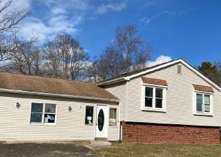 Foreclosed Home in Atco 08004 ELLWOOD AVE - Property ID: 4521684882