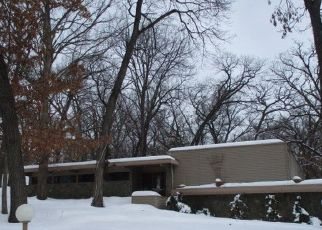 Foreclosed Home in Roscoe 61073 N LEDGES DR - Property ID: 4521701514