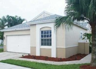 Foreclosed Home in Fort Lauderdale 33326 E RIVERBEND DR - Property ID: 4521734362