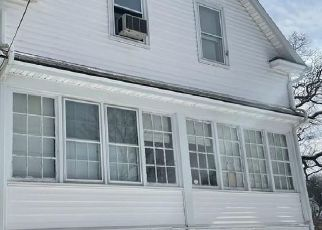 Foreclosed Home in Waterbury 06710 FARMINGTON AVE - Property ID: 4521842541