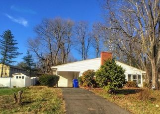 Foreclosed Home in Bloomfield 06002 BRENTWOOD DR - Property ID: 4521845163