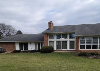 Foreclosed Home in Lancaster 17603 STONEMANOR DR - Property ID: 4521899476