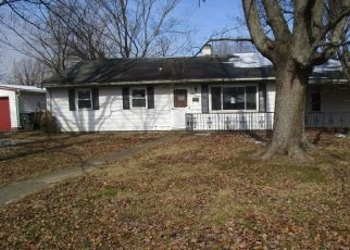 Foreclosed Home in Evansville 47710 FAIRWAY DR - Property ID: 4521918758