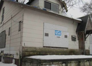 Foreclosed Home in Detroit 48205 MADDELEIN ST - Property ID: 4522039633
