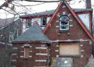 Foreclosed Home in Detroit 48205 HICKORY ST - Property ID: 4522050128
