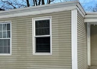 Foreclosed Home in Pawtucket 02860 BISHOP ST - Property ID: 4522125470