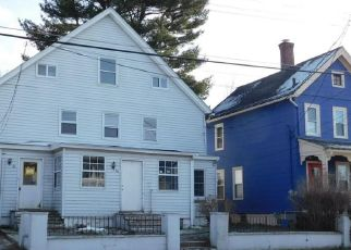 Foreclosed Home in Middletown 10940 BEATTIE AVE - Property ID: 4522250290