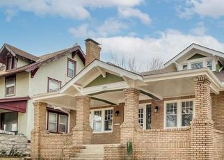 Foreclosed Home in Kansas City 64123 N VAN BRUNT BLVD - Property ID: 4522266950