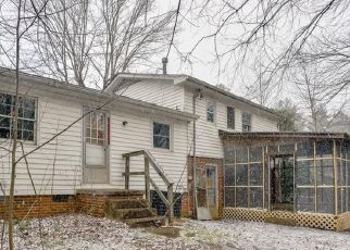 Foreclosed Home in Asheville 28806 FOXCROFT DR - Property ID: 4522372488