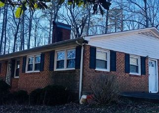 Foreclosed Home in Statesville 28625 OLD WILKESBORO RD - Property ID: 4522393513