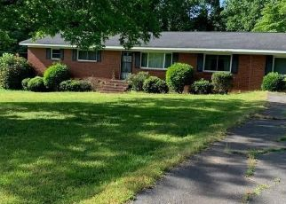Foreclosed Home in Charlotte 28278 WOODY POINT RD - Property ID: 4522407527