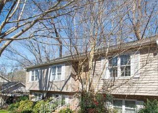 Foreclosed Home in Charlotte 28270 CASTLEBAR RD - Property ID: 4522410599