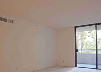 Foreclosed Home in Los Angeles 90015 W 9TH ST - Property ID: 4522472340