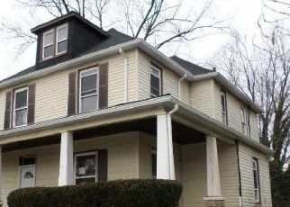 Foreclosed Home in Baltimore 21206 HILLTOP AVE - Property ID: 4522531472