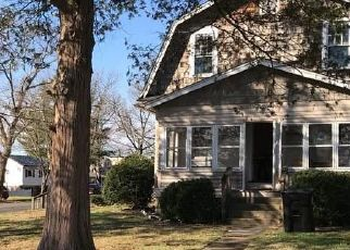 Foreclosed Home in Riverton 08077 MELROSE AVE - Property ID: 4522547239