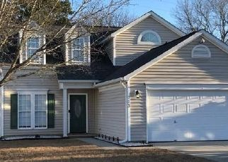 Foreclosed Home in Mount Holly 28120 S WOODCLIFF LN - Property ID: 4522630906