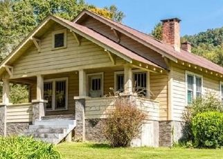 Foreclosed Home in Hendersonville 28791 STONEY MOUNTAIN RD - Property ID: 4522636590