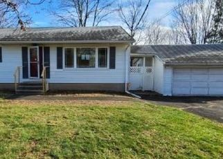 Foreclosed Home in Northford 06472 OLD POST RD - Property ID: 4522673823