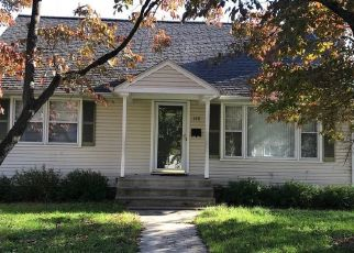 Foreclosed Home in Bridgeport 06606 WILCOX ST - Property ID: 4522682577